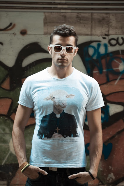 manymal t-shirt - shooting Alessandro Castelli