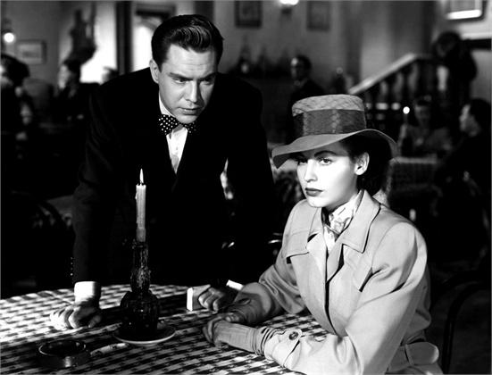 trench - Ava Gardner I Gangsters 1946