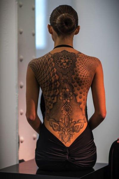 tatuaggio sulla schiena Marco Manzo