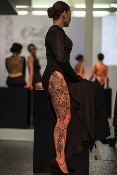 tatuaggio sulla coscia Marco Manzo