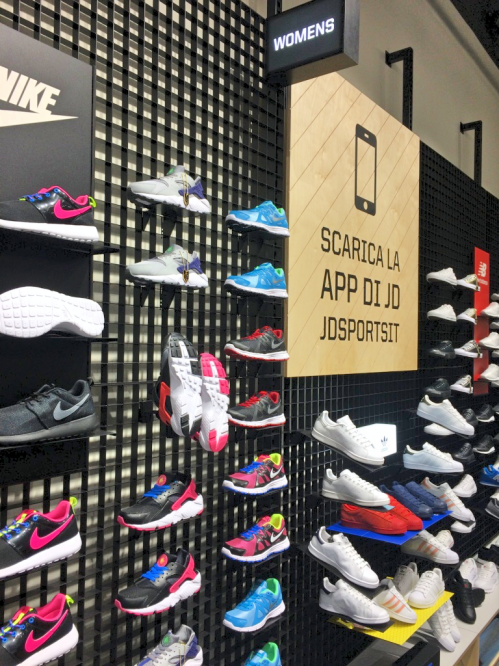 JD Sports Catania Nike