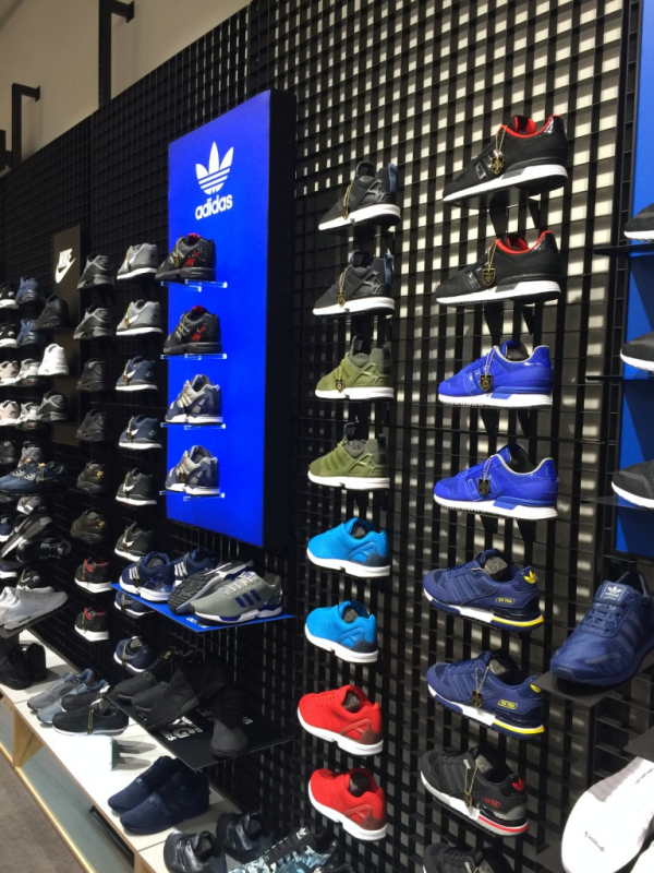 JD Sports Catania Adidas