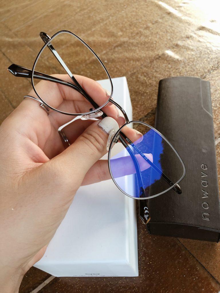 anti light blue glasses
